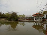 south_campus_1_another_lake_spring_02
