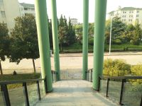 south_campus_1_pillars_at_main_building_summer_2017_2