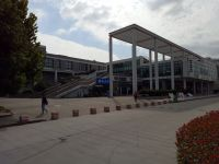 south_campus_2_autumn_canteen